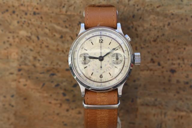 oversized chronograph