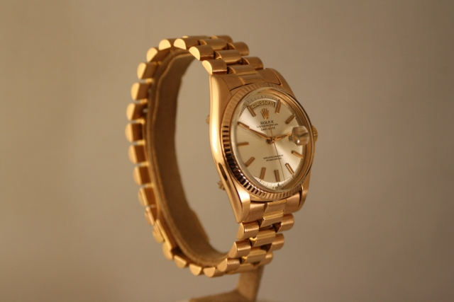 1803 pink gold watch