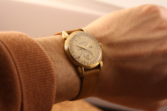 wristshot Movado calendar