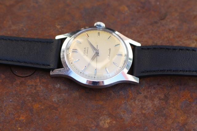 doxa 565 wristwatch